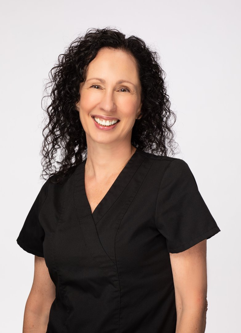 Kim Osgood dental hyienist in Sun City